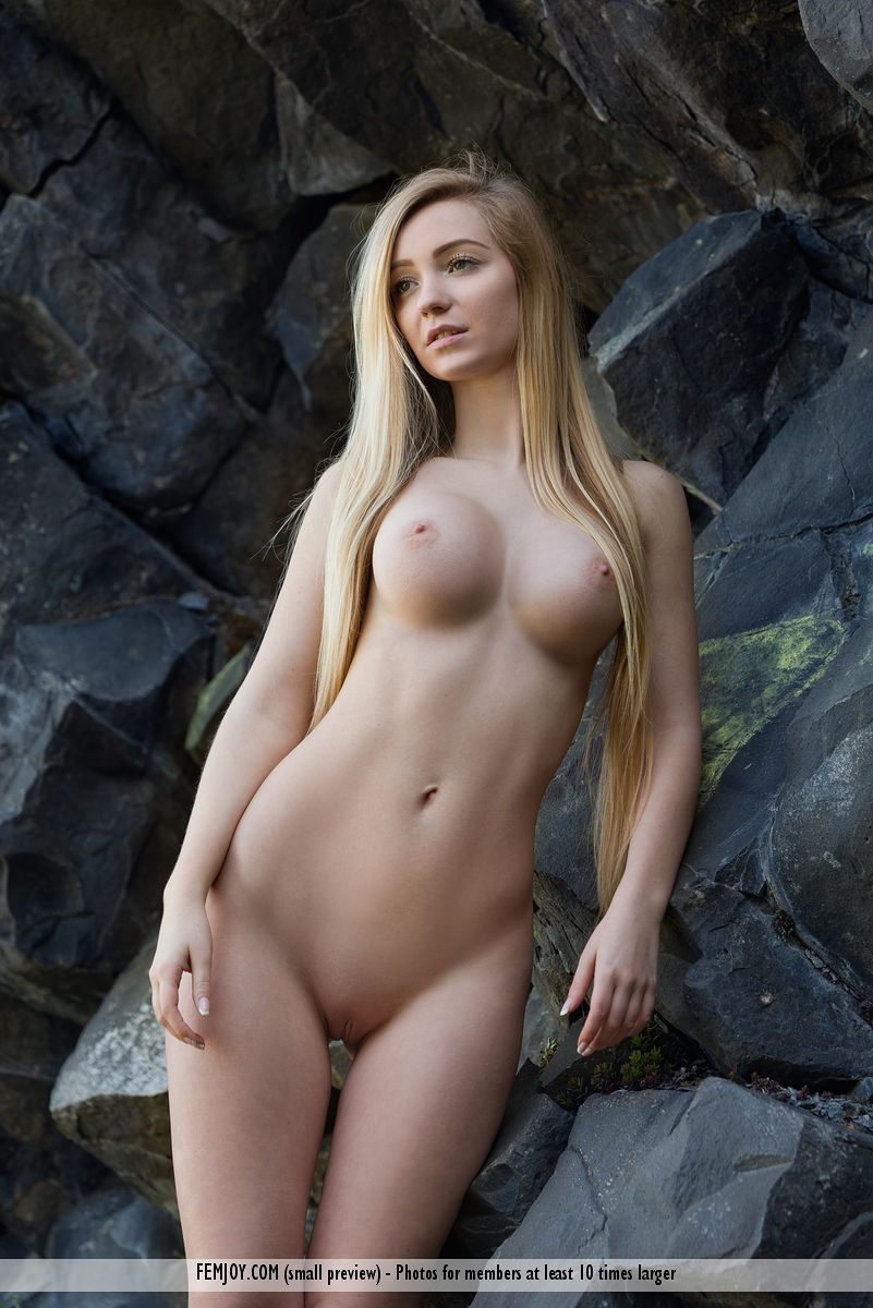 Blonde girl nude perfect