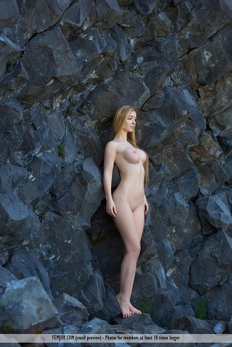 Perfect nude girls