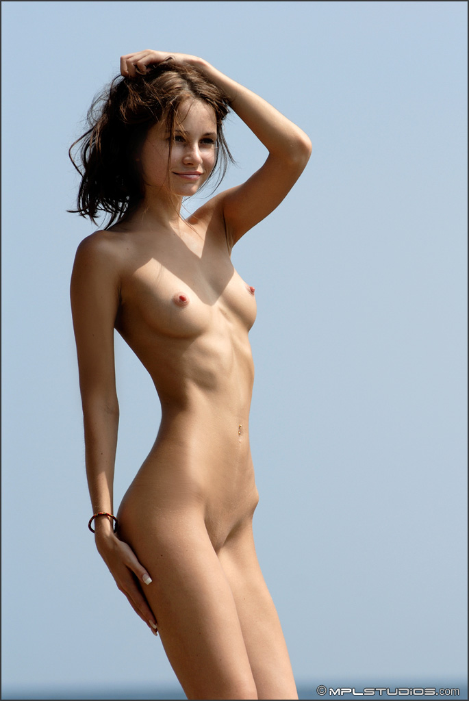 Tattooed women moels naked