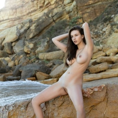 Alisa I a super stunning girl with the perfect nude body
