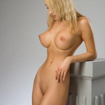 Big perfect perky breasts of Lia May
