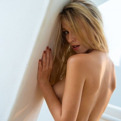 Nudes of stunning blonde girl Riley Anne