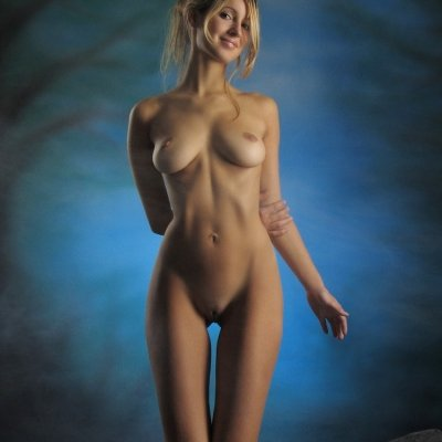 Nudes of Corinna a Classic perfect young female body