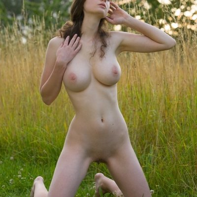Crazy and insane curves of nude big breasts girl